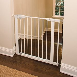 Best gate options to prevent baby going upstairs