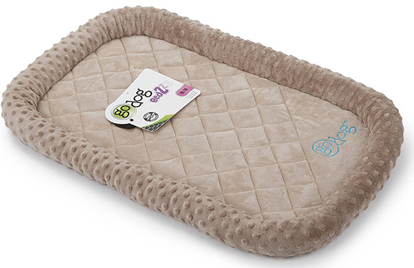 Best indestructible dog beds for tough chewers for Dog resistant bedding